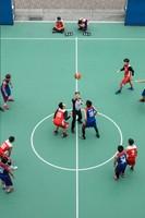 圖片描述:廖健宏〈開球!〉