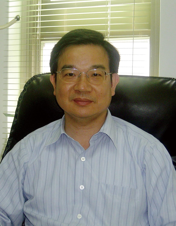 教師 「鍾俊文」老師照片