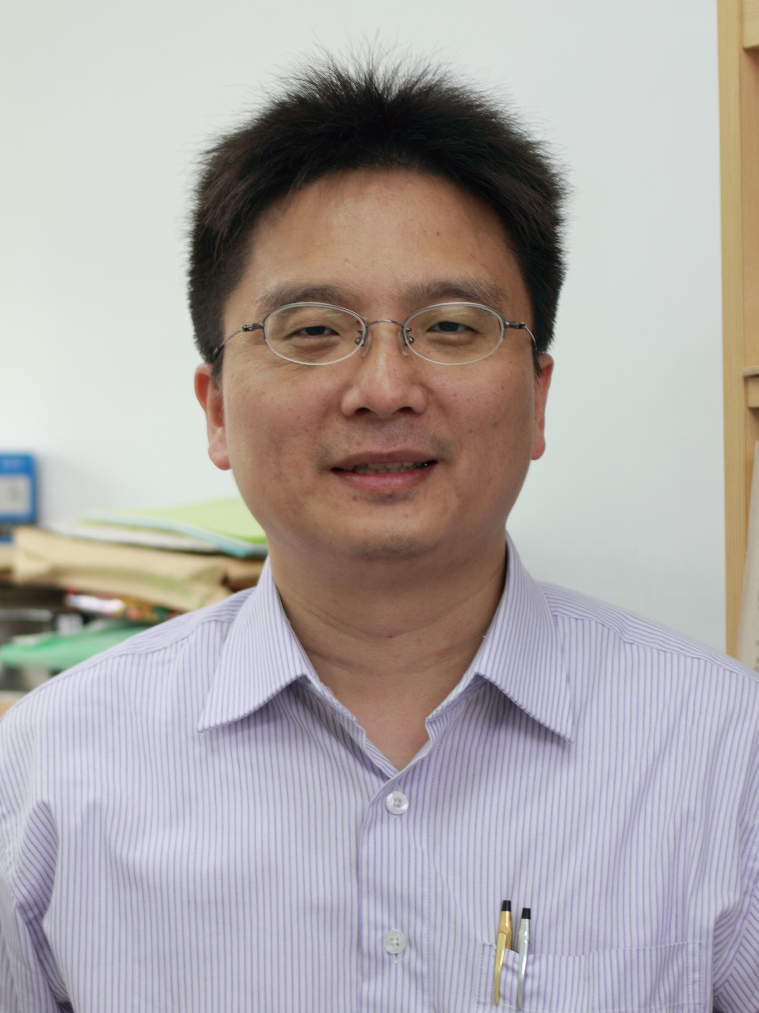 教師 「陳宏易」老師照片