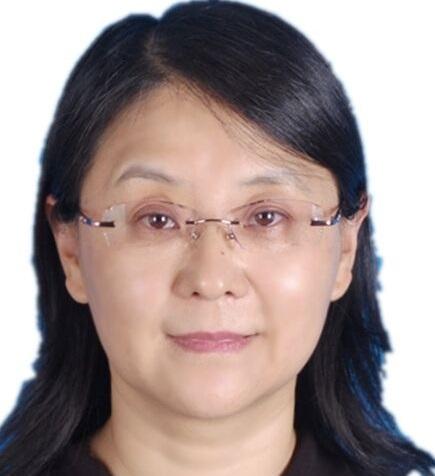 教師 「曹春茹」老師照片