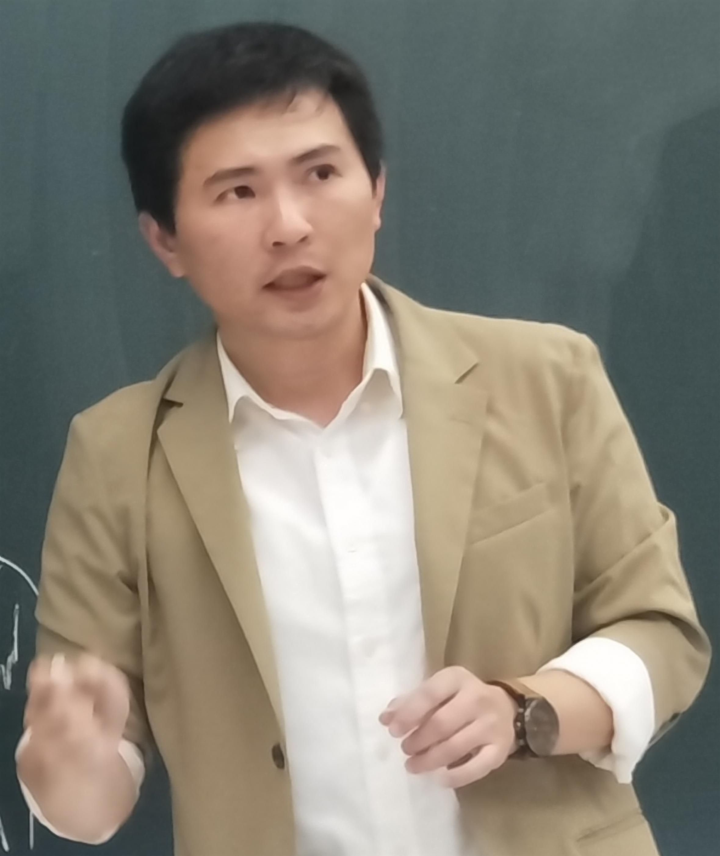 教師 「徐銘謙」老師照片